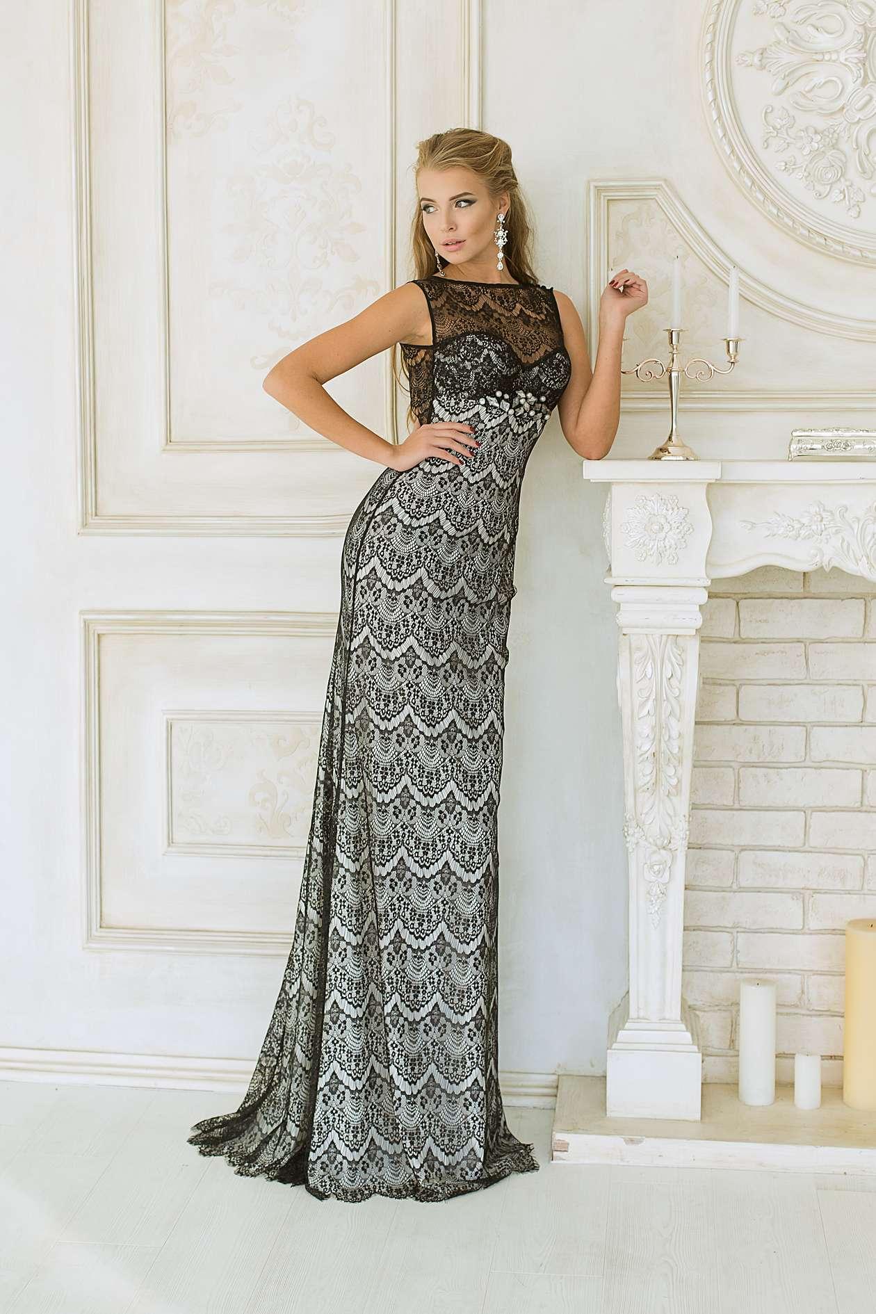 Купить длинное вечернее платье из атласа и гирюра Chanel на ... 8138af122e4