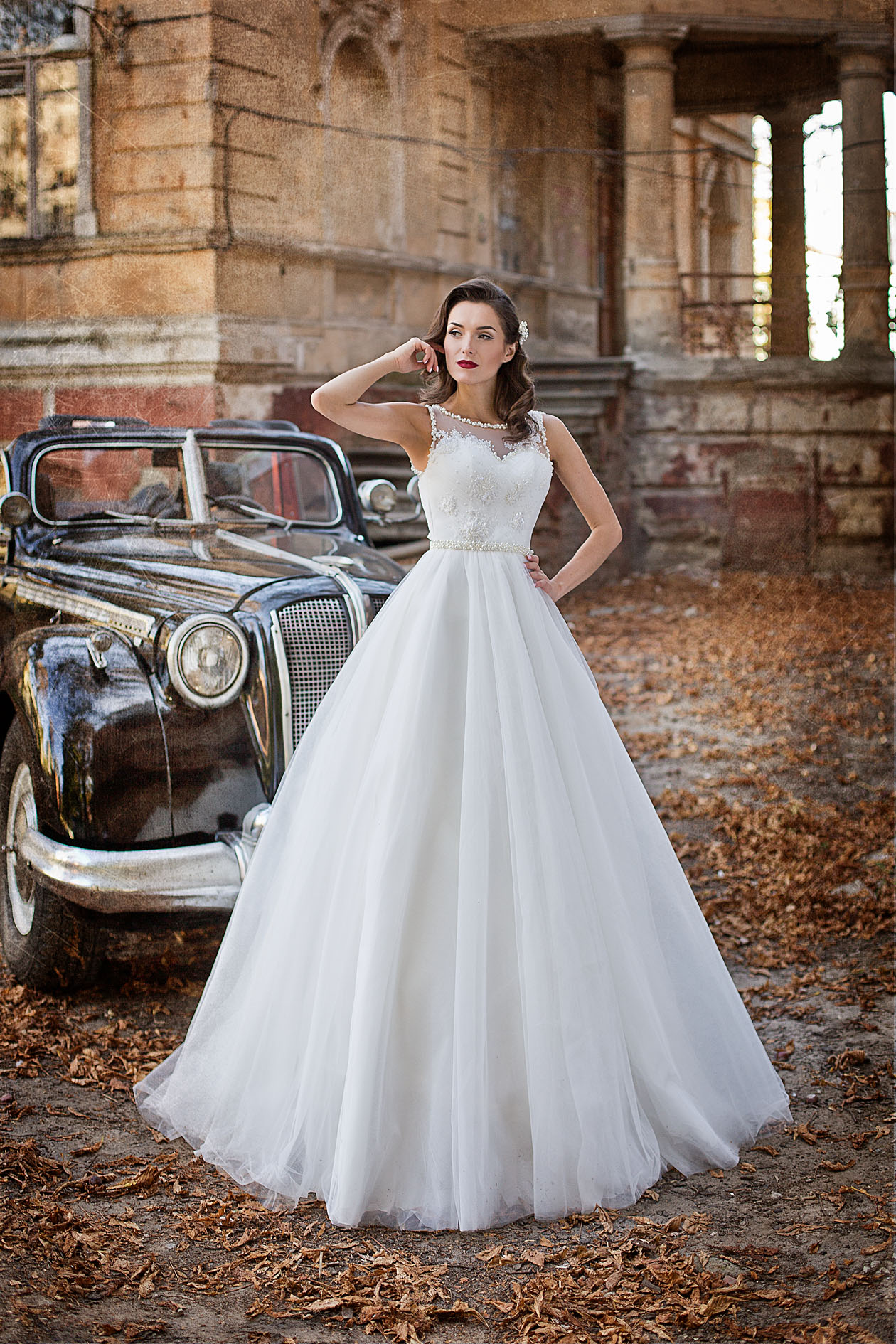 bf8db3e6996 Купить пышное свадебное платье Gabriel c вышивкой стразами и ...