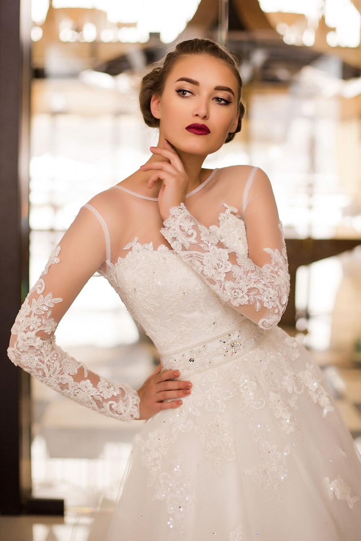 Поставщики свадебных платьев оптом россия
