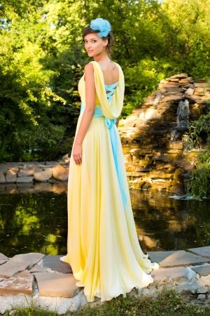 Cвадебное платье с открытой спиной
