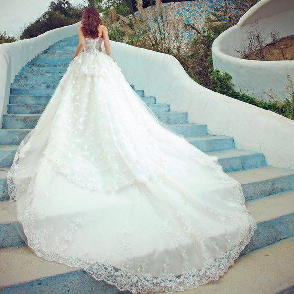 Шикарные платья с доставкой