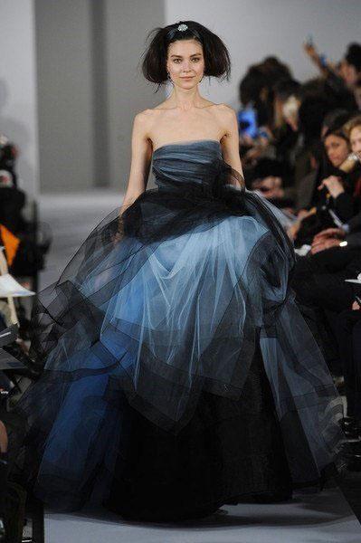 Платья необычного цвета фото